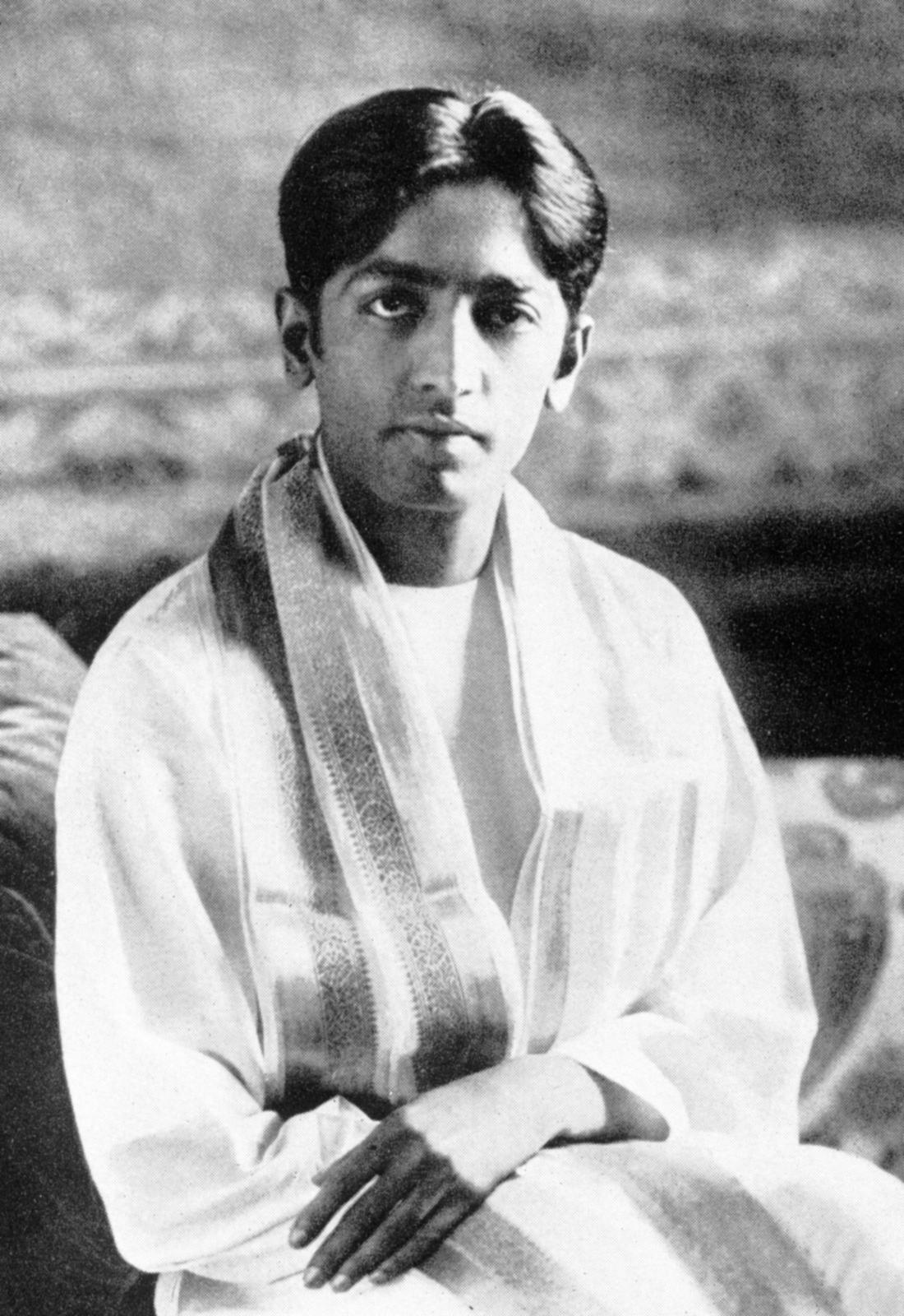 Krishnamurti young.jpg